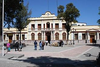 San Miguel Zinacantepec - Municipal palace in town center