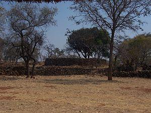 Ziwa - Ziwa ruins, enclosure view from a distance.