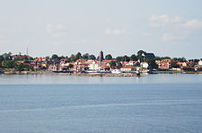 Öregrund from the Gräsö ferry.jpg