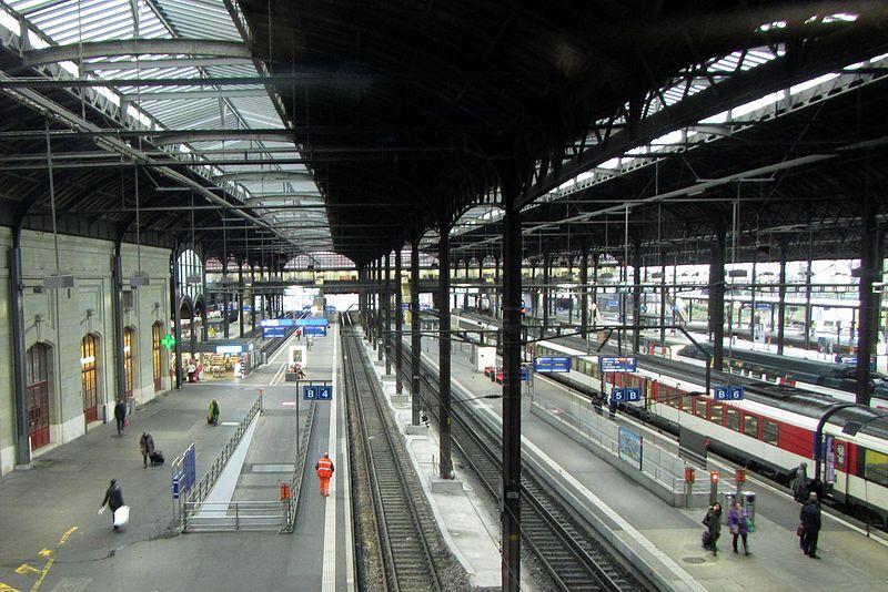 File:Übersehen von Basel SBB - panoramio.jpg