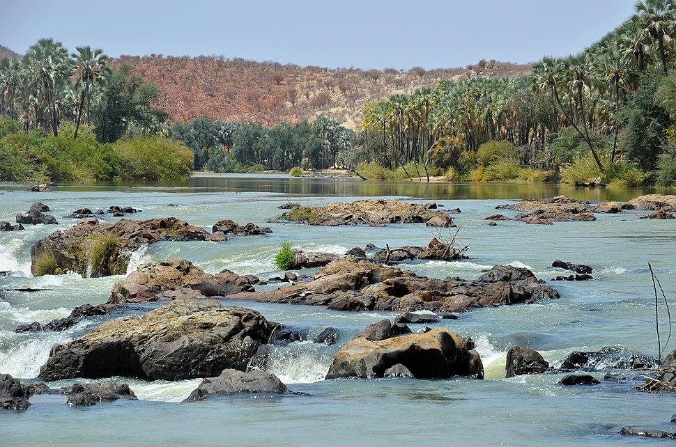 Řeka Kunene River, vodopády Epupa Falls - Namibie, Angola - panoramio