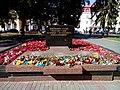 Братська могила 24 радянських воїнів, які загинули восени 1943р. при визволенні Чернігова та форсуванні Дніпра.jpg