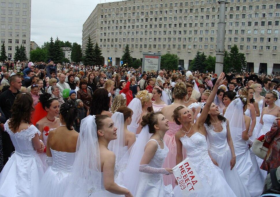Праздничный парад в Архангельске (28)