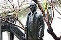Споменик Мокрањцу пред његовом родном кучом у Неготину.JPG