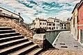 -- Centro storico con i suoi ponti - Comacchio --.jpg
