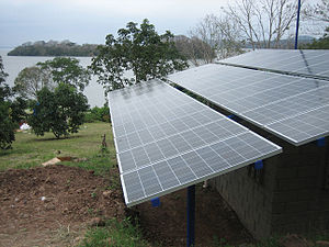 English: Solar photovoltaic panels at an islan...
