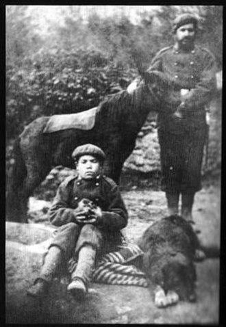 Joaquín Lloréns Fernández de Cordoba - a Carlist, a boy, a pottok and a dog, early 1870s