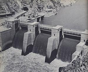 Energy in Afghanistan - Image: 1950s Afghanistan Sarobi hydro power plant on Kabul River