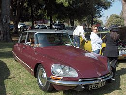 1974 Citroen DS23 Pallas.jpg
