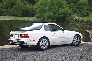 Porsche 944 - 1987 Porsche 944 Turbo (US Model)