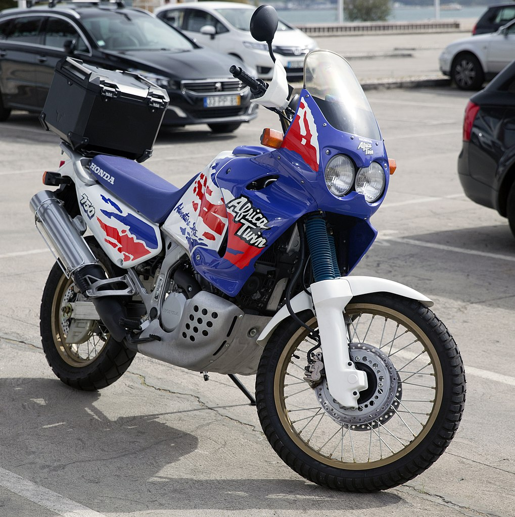 File 1993 Honda Xrv750 Africa Twin Rd07 With Packbox Jpg Wikimedia Commons