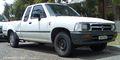 1994-1997 Toyota Hilux (RN90R) DX Xtra Cab 2-door utility 01.jpg