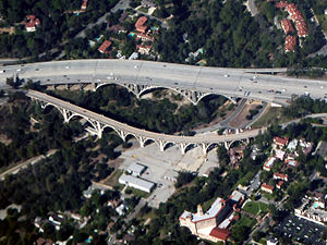 Arroyo Seco (Los Angeles County) - Colorado Street Bridge and the bridge for the Ventura Freeway