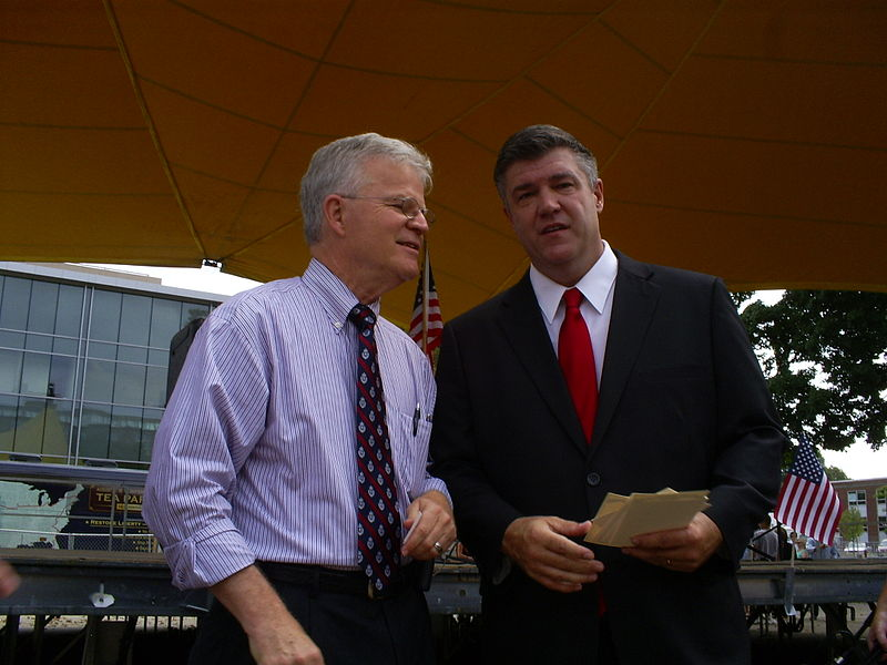 File:2012 Presidential Candidates Buddy Roemer and Christopher Hill.jpg