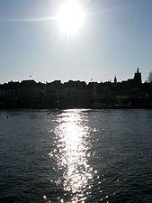 20150312 Maastricht; West bank of Meuse and city of Maastricht seen from jetty between Sint Servaasbrug and Wilhelminabrug 01.jpg