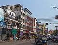 2016 Bangkok, Dystrykt Phra Nakhon, Ulica Chakrabongse (02).jpg