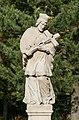 2017 Figura św. Jana Nepomucena w Stroniu Śląskim 4.jpg