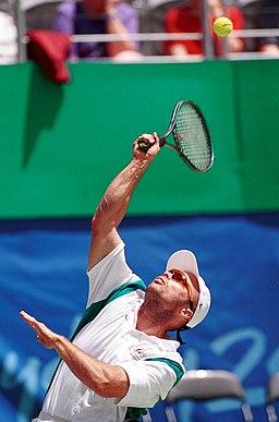 281000 - Wheelchair tennis David Hall serves - 3b - 2000 Sydney match photo
