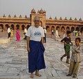 3408- David at mosque in Fatehpur Sikri (57705471).jpg