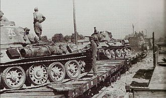 4th Guards Motor Rifle Division - Tankers of the corps preparing for an attack in Romania, 1944