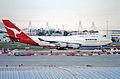 69ao - Qantas Boeing 747-4H6; VH-OEC@SYD;01.09.1999 (4713268318).jpg