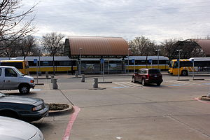 8th & Corinth station - Image: 8th & Corinth (DART station)