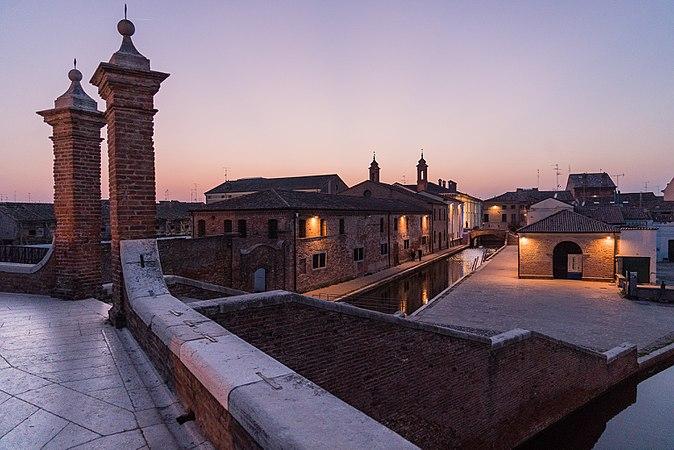 9 Comacchio vista da Trepponti.jpg