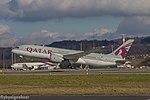 A7-BCG B787-8 Dreamliner B788 - QTR (24991155351).jpg