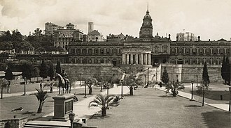 Shrine of Remembrance, Brisbane - Anzac Square and the  Shrine of Remembrance c1930