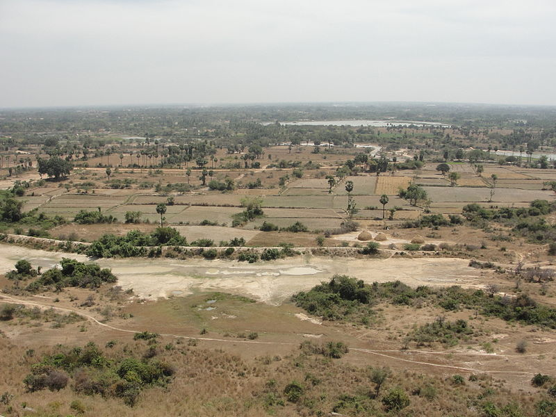 படிமம்:A bird eye view of Chithannavasal plain area.JPG