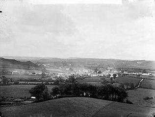 A view of Tregaron from Castle Hill