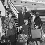 Aankomst en vertrek, ministers, diplomaten, Luns, J.A.M.H., Bestanddeelnr 919-7404.jpg