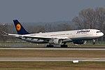 Airbus A330-343 Lufthansa D-AIKK (13984523520).jpg