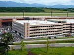 Akita Airport Multistory parking garage.jpg