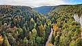 Alaise, les gorges du Lison depuis le belvédère de la Roche aux Corneilles.jpg
