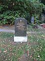 Alterhedwigsfriedhofberlin Prof Josef Limburg.jpg
