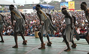 Amani festival huge crowd and artists from Burundi (12589923733).jpg