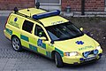 Ambulance fly-car volvo v70.jpg