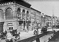 Amerikanischer Photograph um 1880 - Fifth Avenue und 18th Street (Zeno Fotografie).jpg
