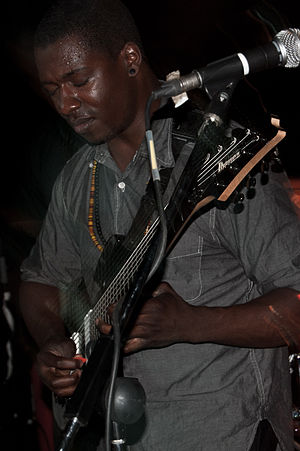 Animals as Leaders - Tosin Abasi playing guitar