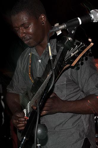 Animals as Leaders - Tosin Abasi playing guitar