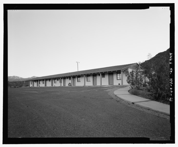 File:Annex Building, perspective view looking south, front facade and one side - Lake Mead Lodge, 322 Lakeshore Road, Boulder City, Clark County, NV HABS NV-60-15.tif