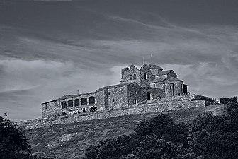 Antiguo monasterio benedictino de Sant Llorenç del Munt.JPG