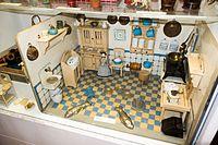 Antique German dollhouse kitchen (26707738762).jpg