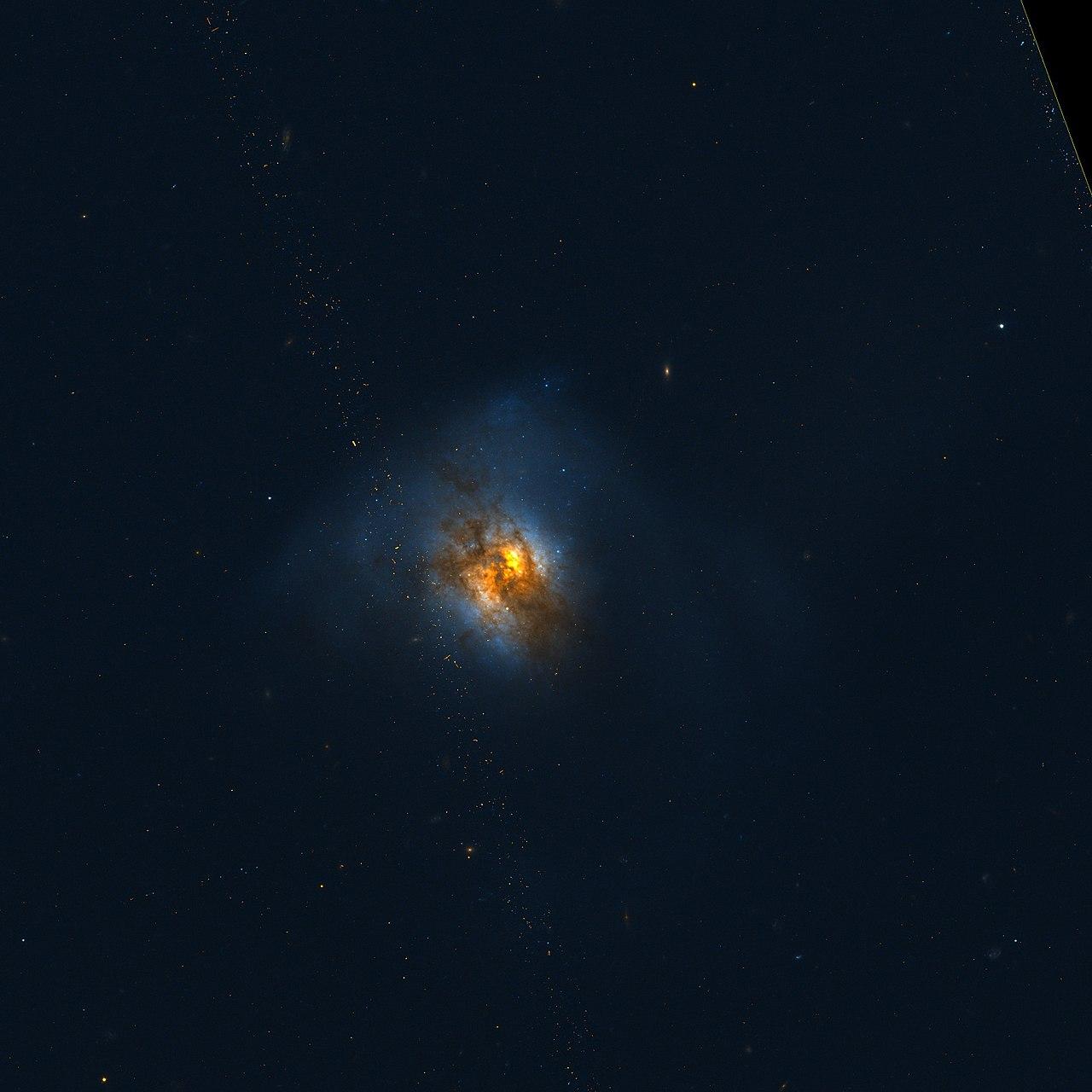 La galaxia infrarroja ultraluminosa Arp 220