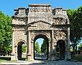 Arc antique d'Orange - 01.jpg