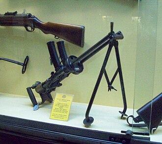 Villar Perosa aircraft submachine gun - Image: Armamento Museo de Armas de la Nación 114