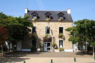 Arradon - The town hall in Arradon