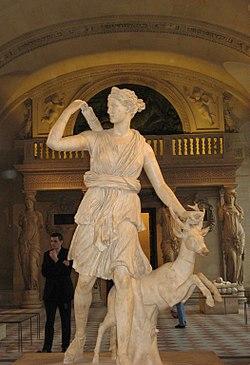 Мать древнегреческой богини артемиды была