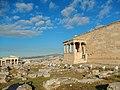 Athen, Akropolis, Erechtheion Karyatiden Propyläen 2015-09.jpg
